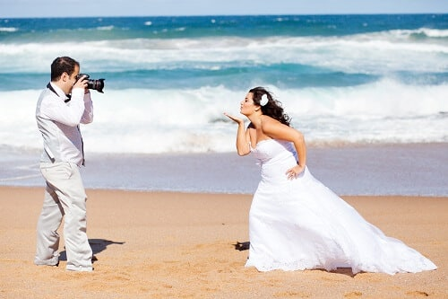 photographe de mariage sur la plage